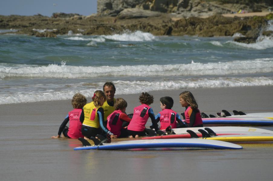 Cursos de Surf para niños. Escuela de surf para niños